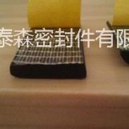 海绵发泡密封胶条图片