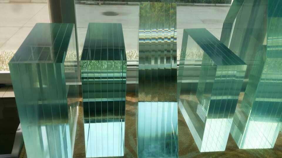 多层钢化夹胶玻璃批发