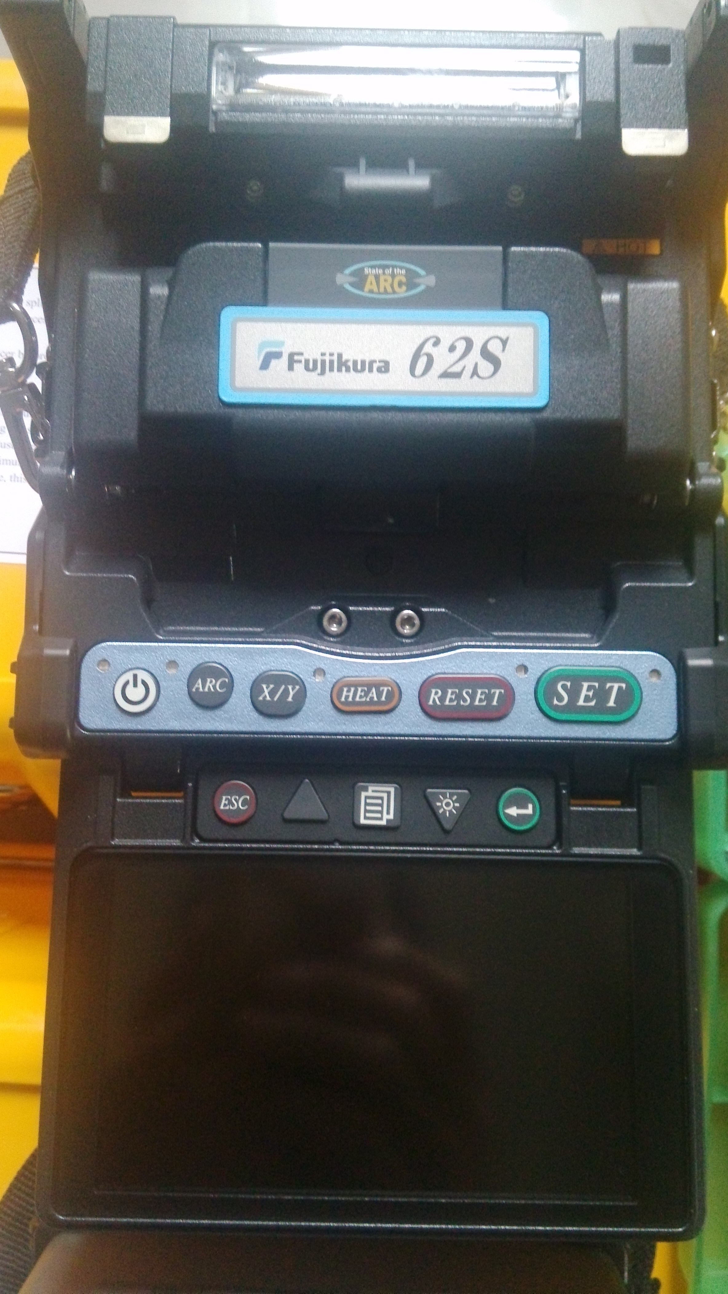 供应用于光纤熔接|光缆抢修|光纤入户的湖北孝感市藤仓61s光纤熔接机专卖