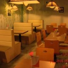 供应郑州咖啡厅沙发咖啡馆 甜品店沙发茶餐厅西餐厅双人皮沙发卡座餐桌椅组合批发