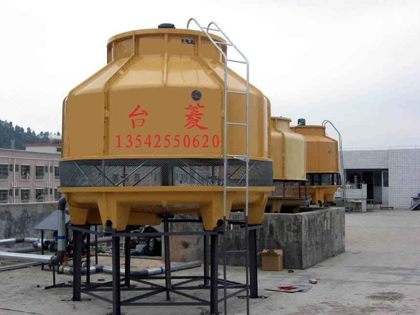 供应珠海冷却塔批发价 全部风扇角度均为可调性轴流式,采用高级工程塑料制造,并于厂前严格平衡。