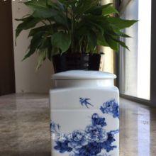 供应用于滋补调理的液体膏方专用的陶瓷罐子