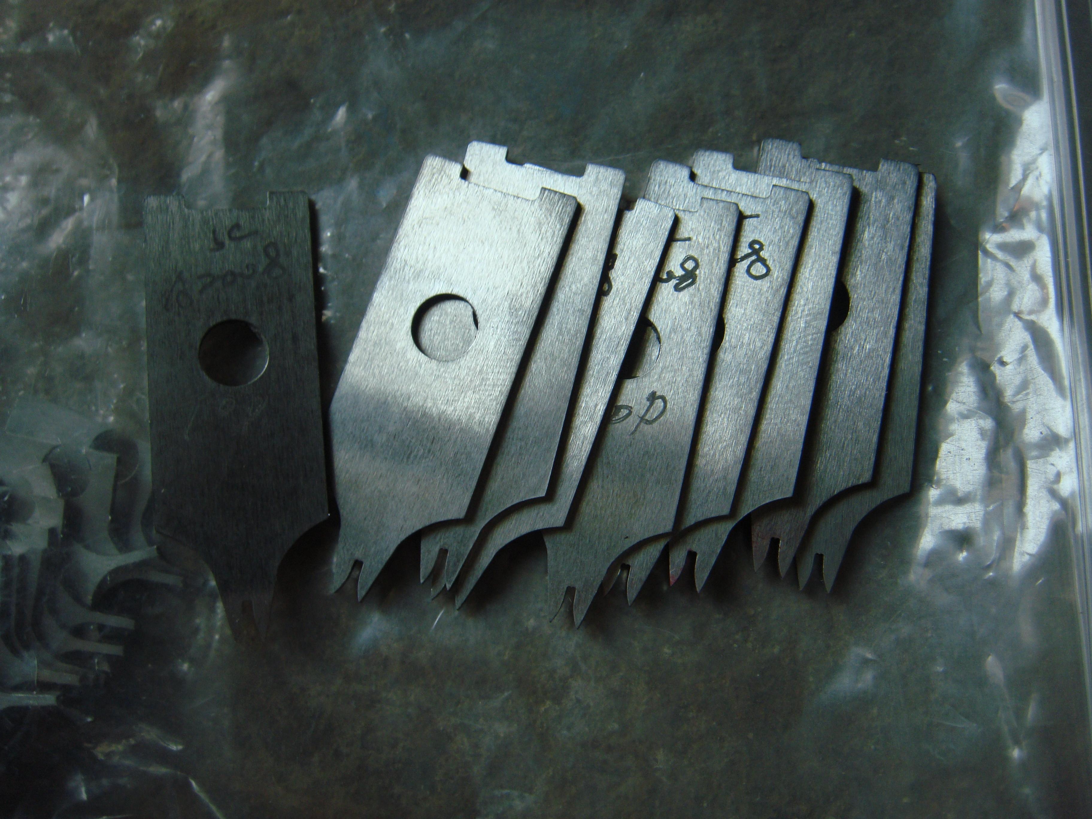 供应天津端子机刀片裁线机剥皮机刀片——端子机刀片加工制作