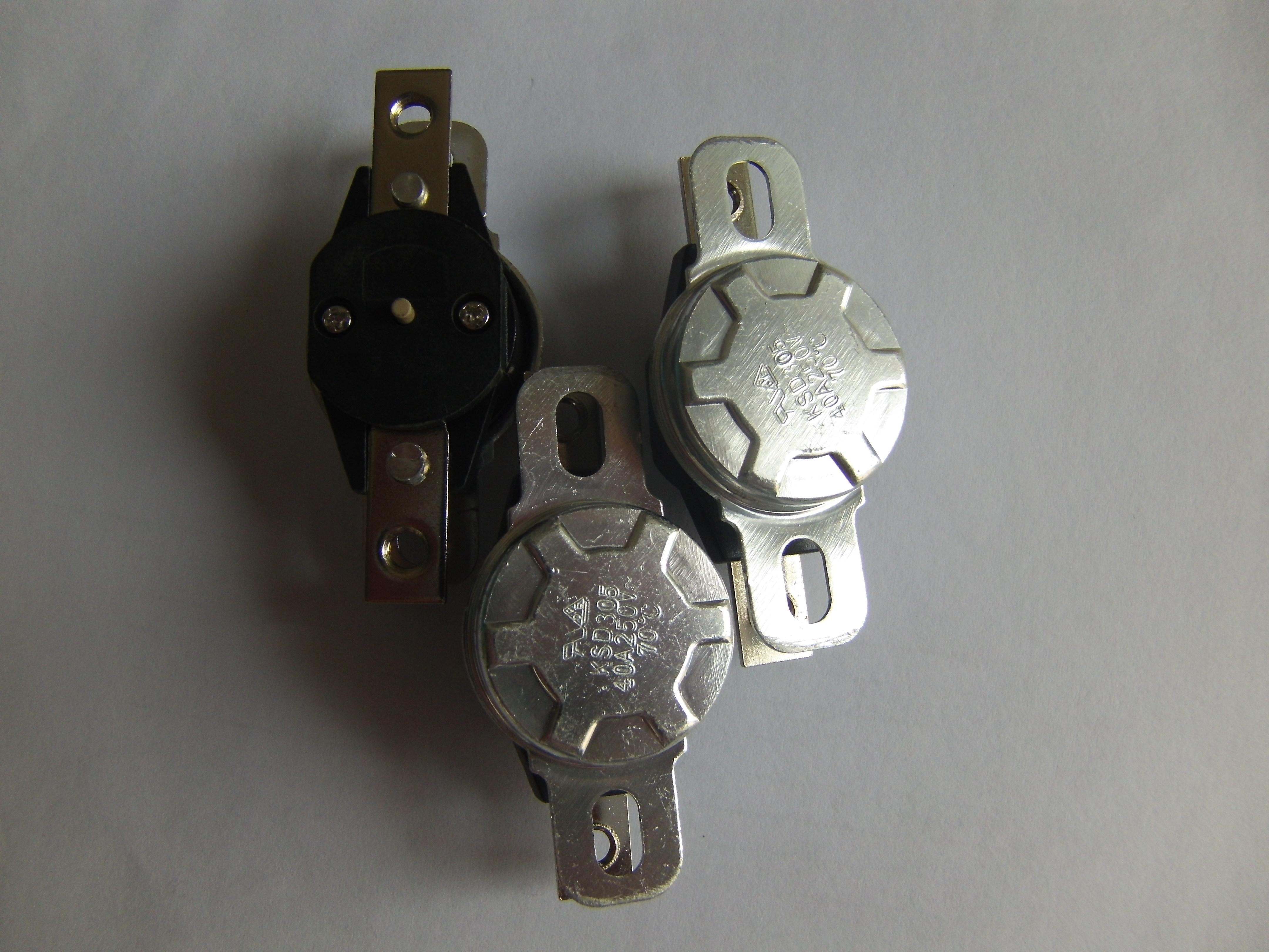 供应用于电热水器的温控器ksd305