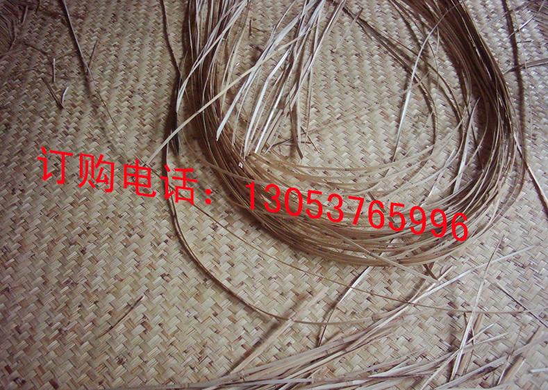 编织苇席,根据不同的花纹采用不同的编织法