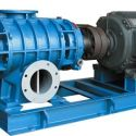 供应三叶罗茨鼓风机济南WSR300 厂家直销振动小,低噪音300型专用气力输送 污水处理罗茨风机