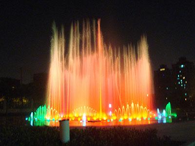 供应LED音乐喷泉灯  LED音乐喷泉灯价格 水下喷泉灯厂家