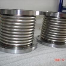 供应用于热力管道的法兰式波纹补偿器DN100PN1.6  16KG压力不锈钢波纹补偿器价格 优质套筒补偿器厂家图片