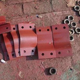A2U形额螺栓图片