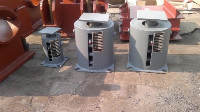 供应用于电厂供暖管道的Z12循环水支座 环形耳子 单向滚动吊板 保温管道用滑动管托价格低