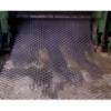 新疆钢板网图片