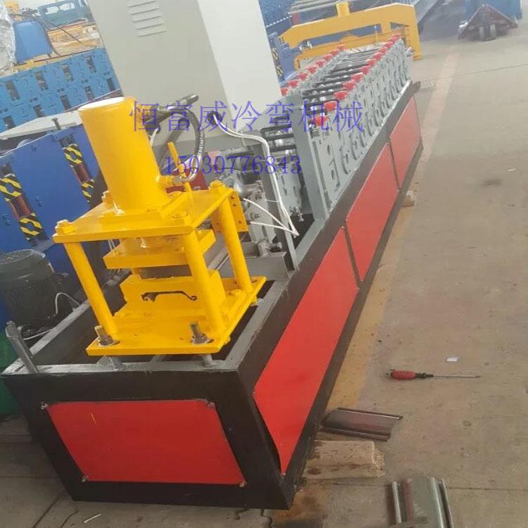 供应125抗风门设备 卷闸门生产设备 卷帘门机械生产设备