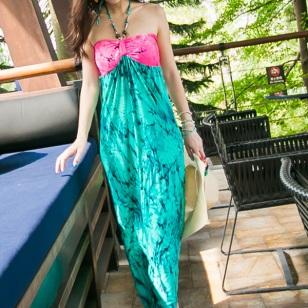 波西米亚度假风挂脖裹胸长裙连衣裙图片
