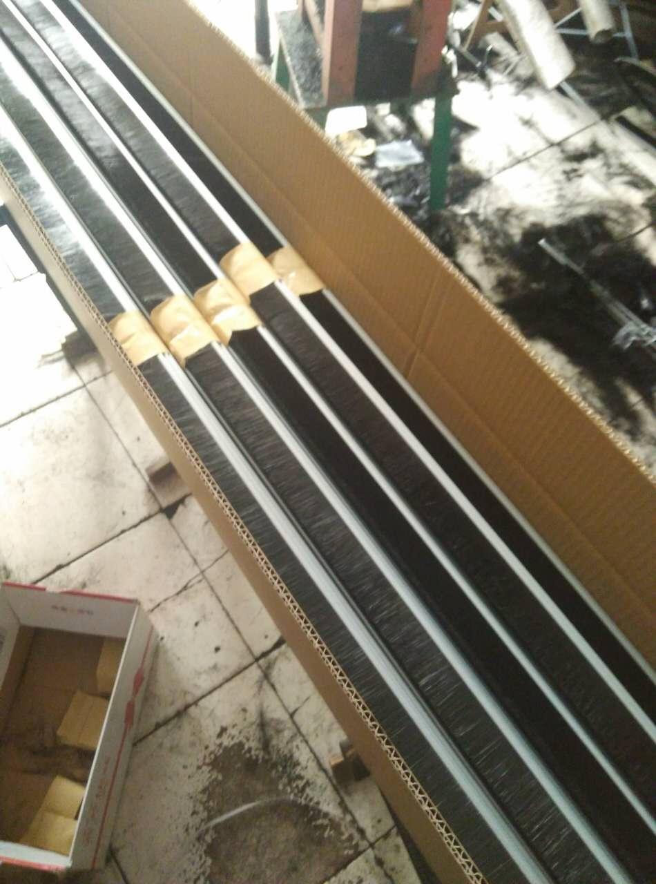 15毫米滚梯门毛刷,55毫米羊毛滚梯门刷,滚梯门毛刷厂价直销