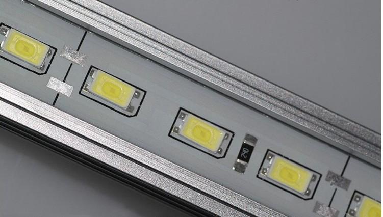 5730硬灯条 明旺兴LED硬灯条采用原装进口灯珠制作.高流明 高光效 高显指.质量稳定可靠价格实惠