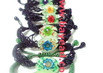 鲜花琥珀手链四叶草饰品人工琥珀图片