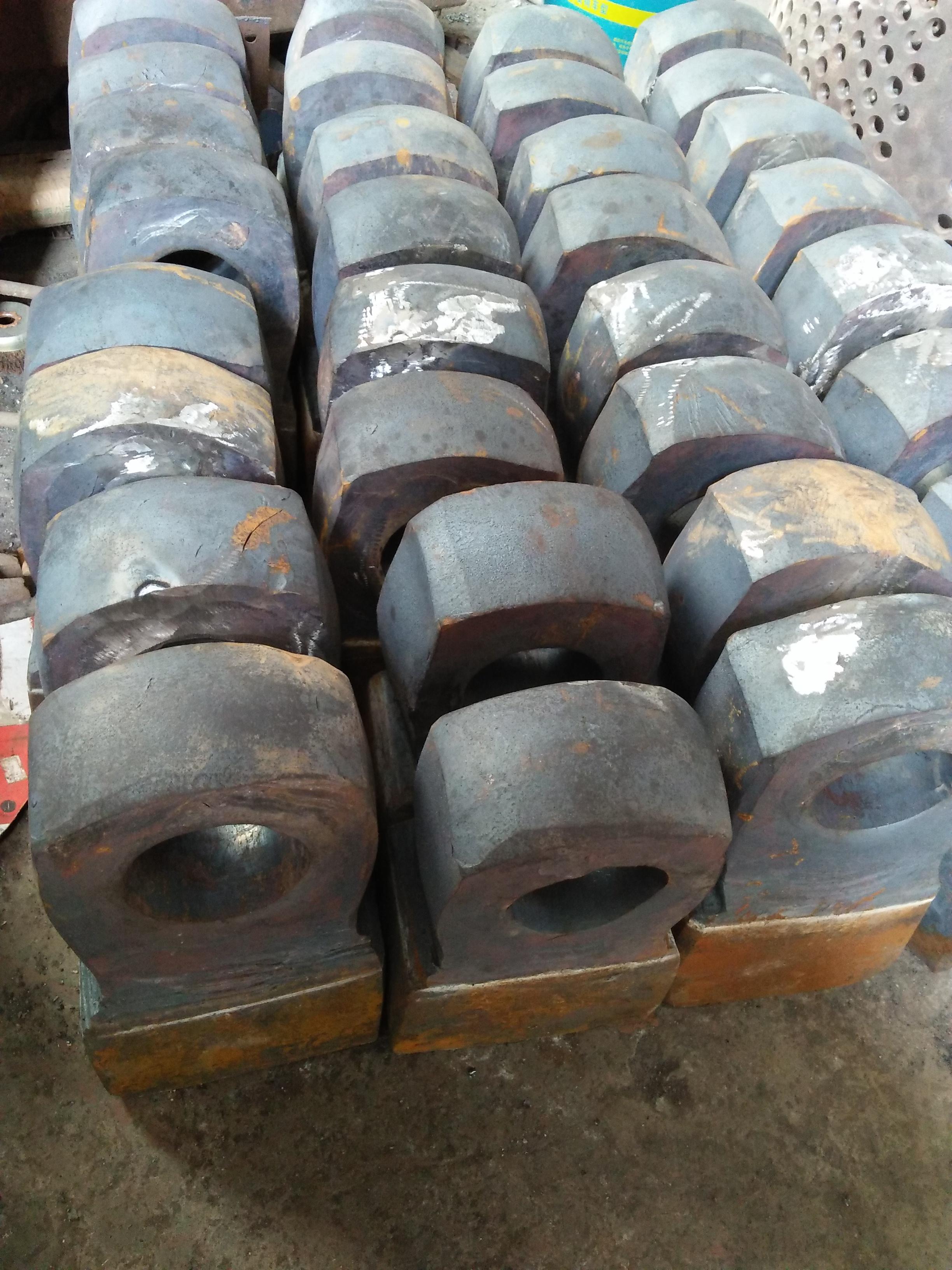 江西油漆桶破碎机  彩钢瓦破碎机  河南全鑫机械市场报价