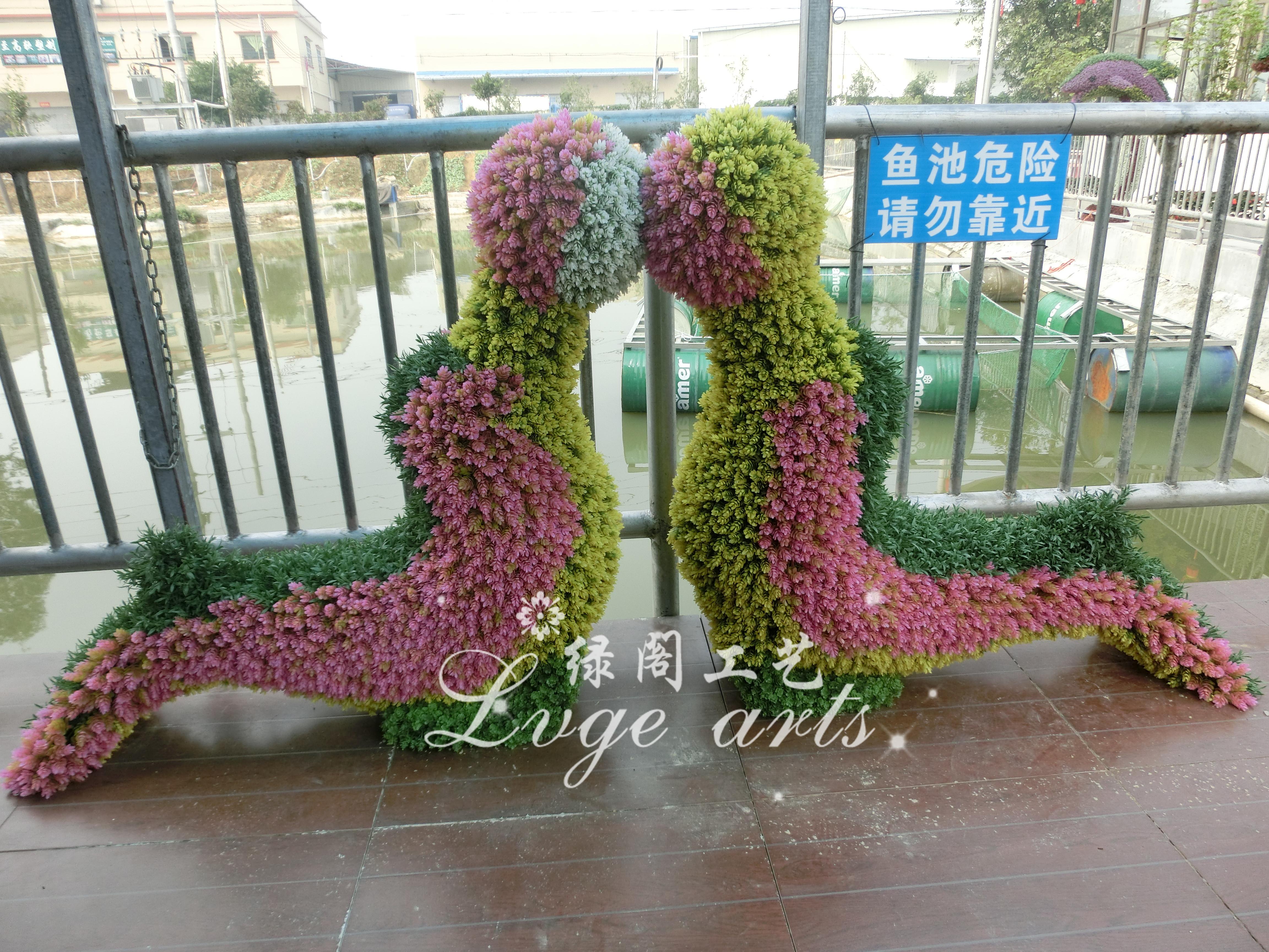 东莞仿真绿雕 仿真卡通绿雕 艺术音乐人物园林绿雕 稻草人工艺品仿