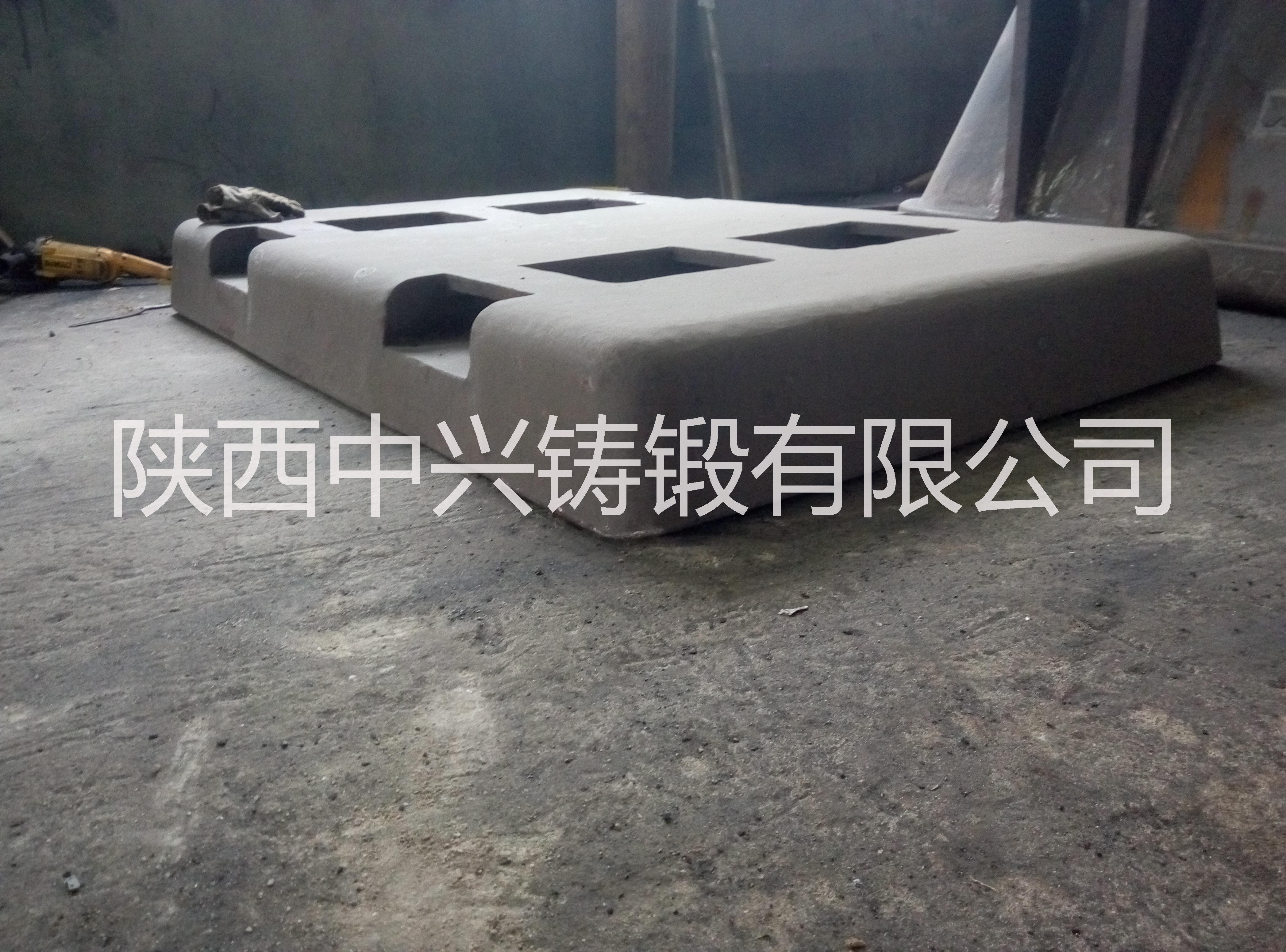 供应叉车孔渣盘 渣盘 优质渣盘 负压铸造渣罐 高质量渣罐 合金钢叉车孔渣盘