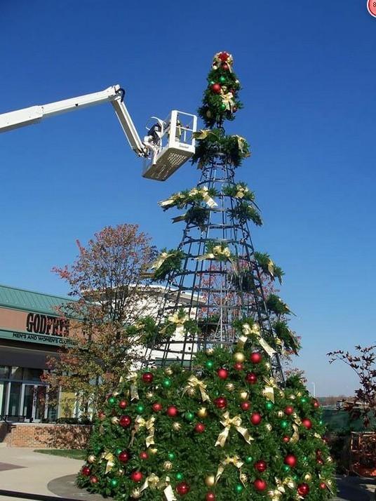 北京圣诞装饰价格 北京圣诞装饰 北京圣诞树 北京圣诞节灯光造型