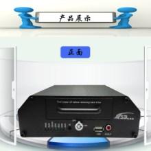 供应嵌入式车载录像机 高清720P/960P 嵌入式车载录像机 AHD 4路硬盘百万高清DVR批发