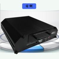 供应AHD高清硬盘车载录像机 直销4路720P监控车载录像机