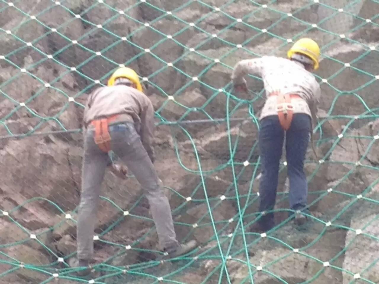被动防护网 cx型被动防护网 250kj被动防护网 被动防护网供应商 被动防护网生产厂家找河北臣运丝网制造有限公司