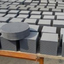 供应蜂窝式活性炭块,高吸附率、立方体形状废气处理活性炭 煤质蜂窝活性炭