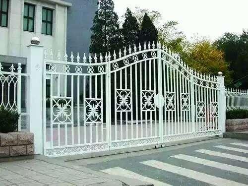 乌鲁木齐铁艺!专业铁艺加工!铁艺大门 铁艺护栏