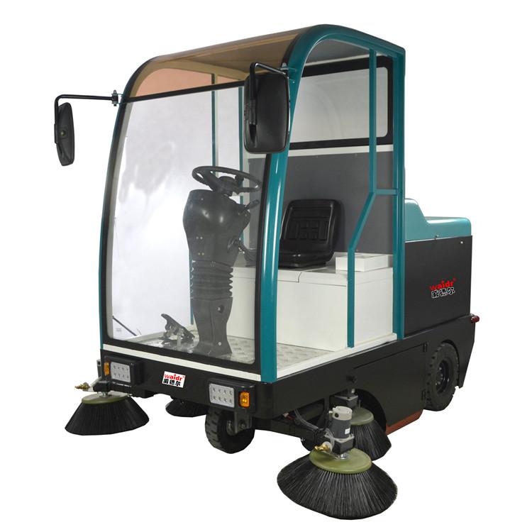 学校操场赛车跑道用驾驶式扫地车CS-1900扫地机