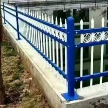 铁艺围栏B型|乌鲁木齐三横梁护栏批发价格