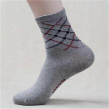 厂家直销中高档男袜子批发  男女运动袜子批发   全国包邮批发