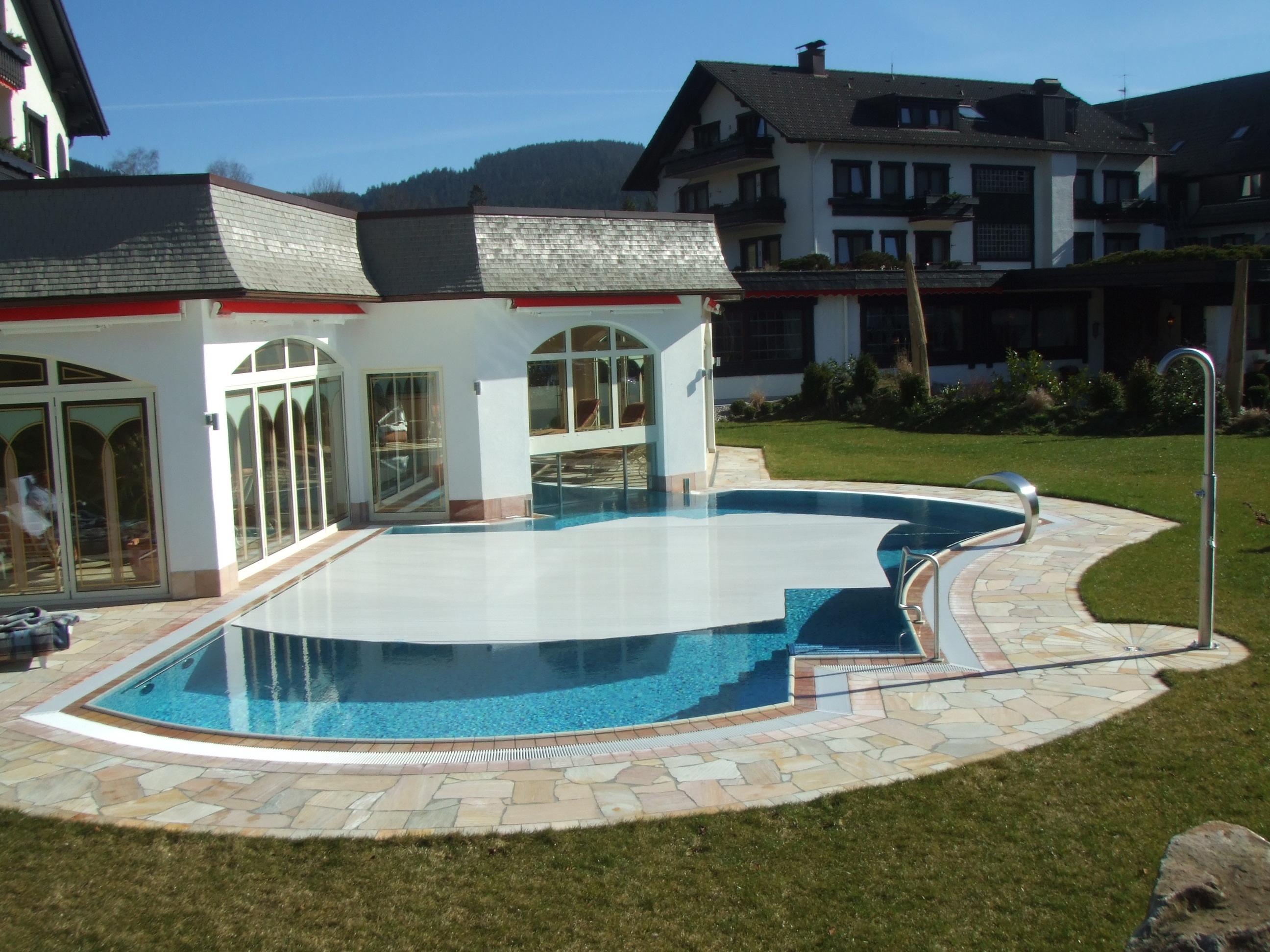 东莞博睿泳池覆盖系统 中大型或国标泳池盖