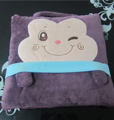 卡通抱枕被两用 午睡空调被图片/卡通抱枕被两用 午睡空调被样板图 (2)