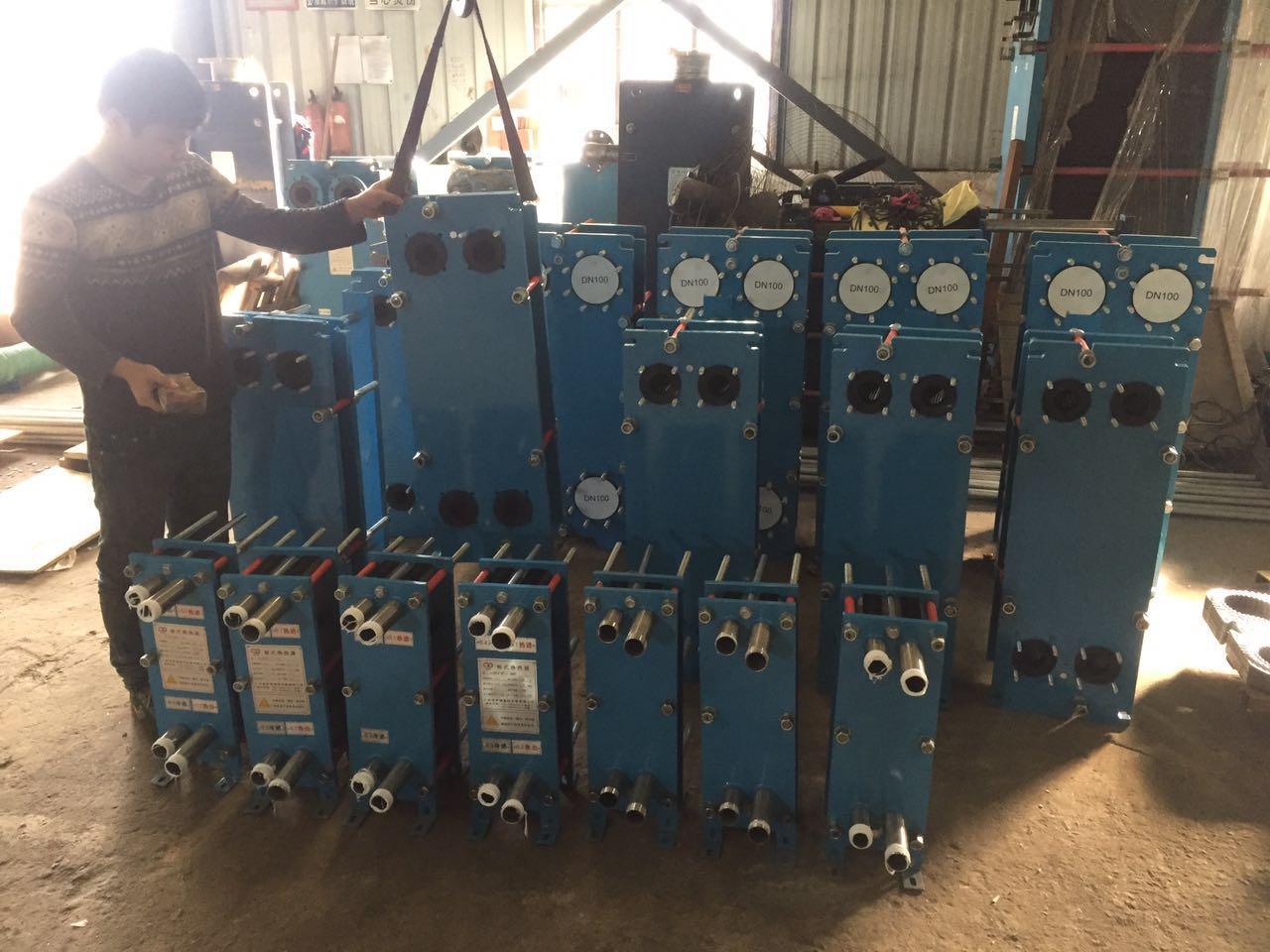 泳池 温泉加热板式换热器由广州莱宁换热设备厂生产提供