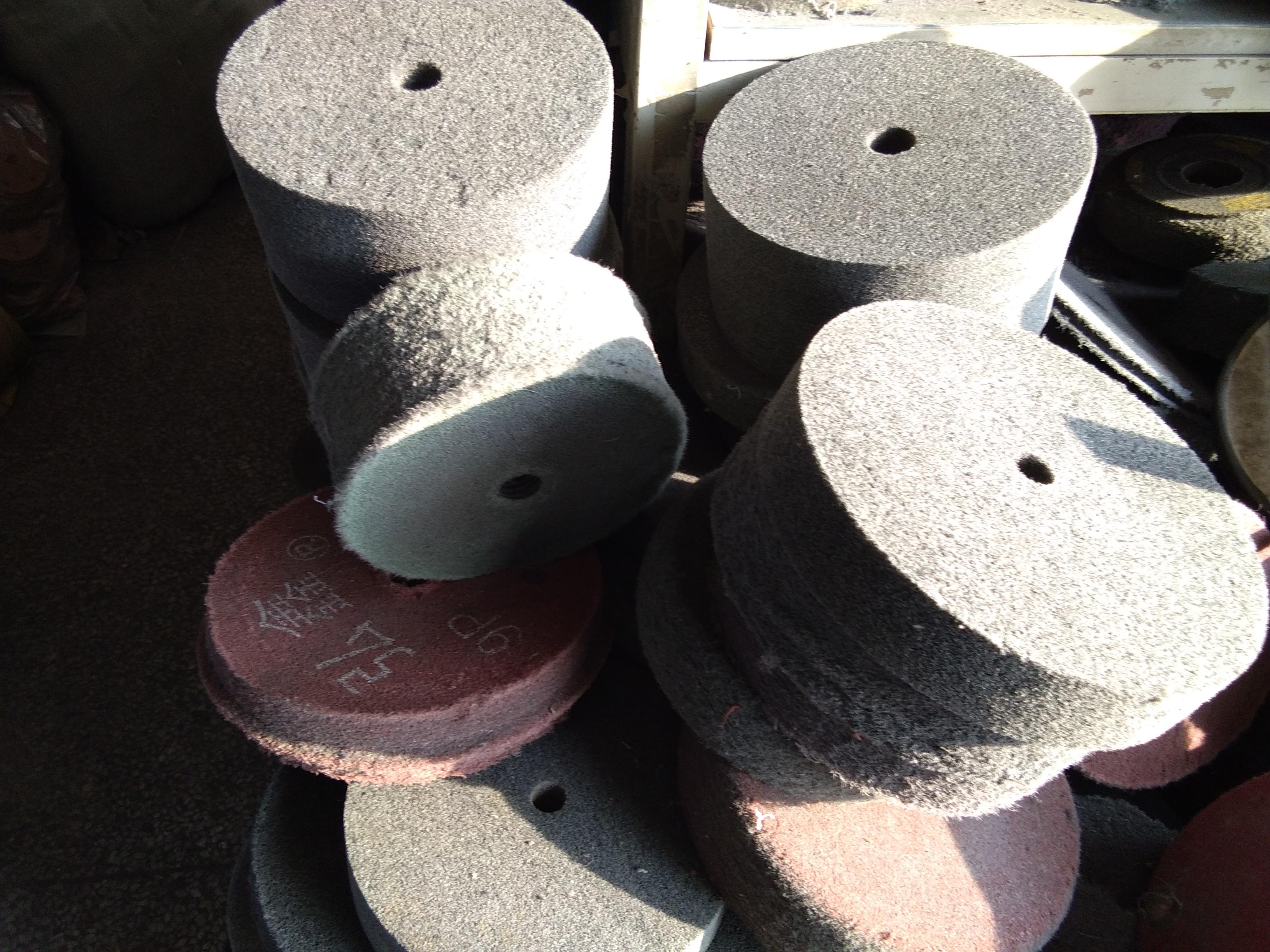 回收旧抛光材料,旧尼龙轮 旧麻轮 旧布轮 旧线轮 旧狗仔轮