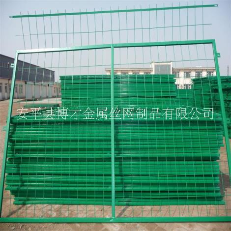 瑞安圈地铁丝网生产厂家、瑞安铁丝网哪里有卖?铁丝围栏网价格