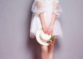 时尚女蕾丝裙子图片