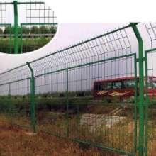 高速护栏网、铁路护栏网、围墙网、防护网网 贵州护栏网批发厂价格 贵州护栏网价格