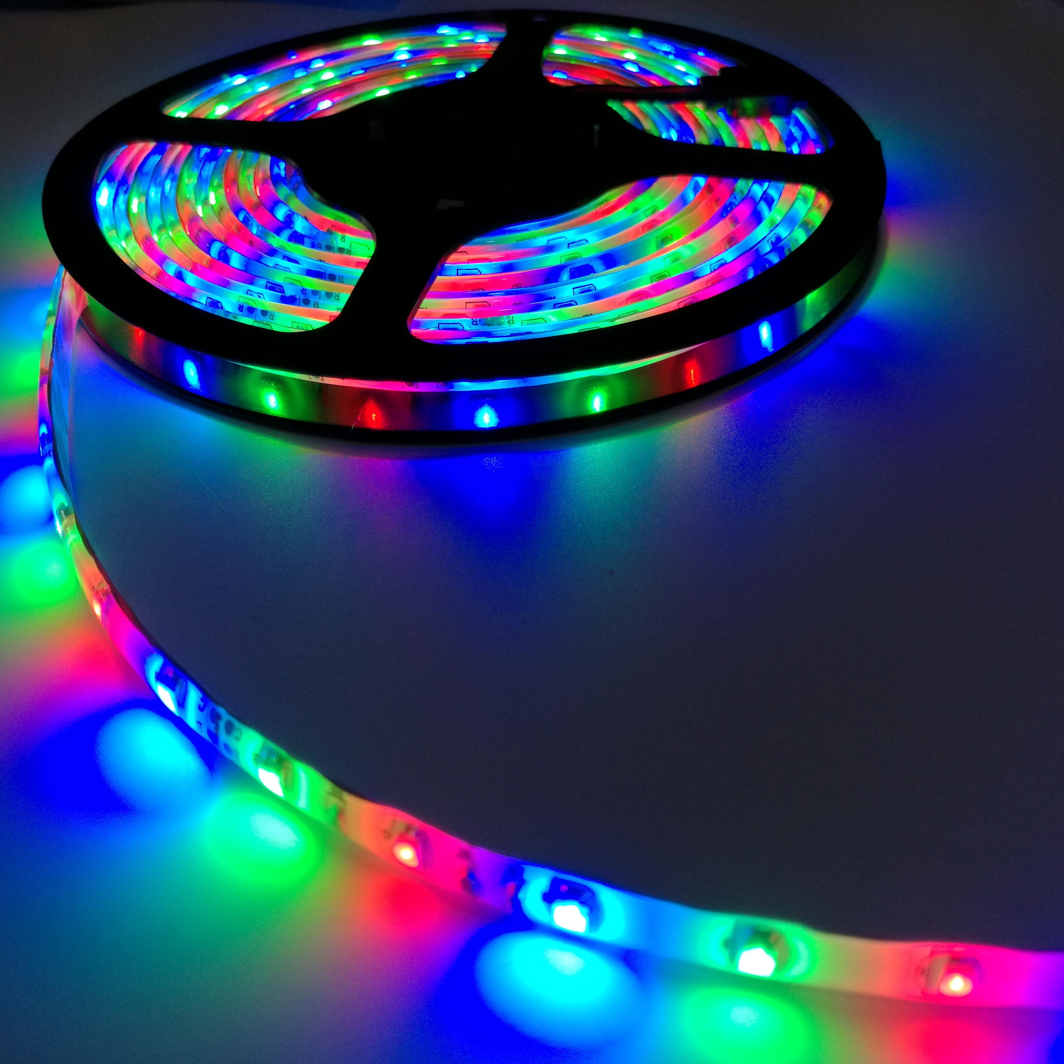 LED 3528滴胶防水灯带/软灯条 (60灯/米) 3528七彩灯条 3528七彩流水灯条