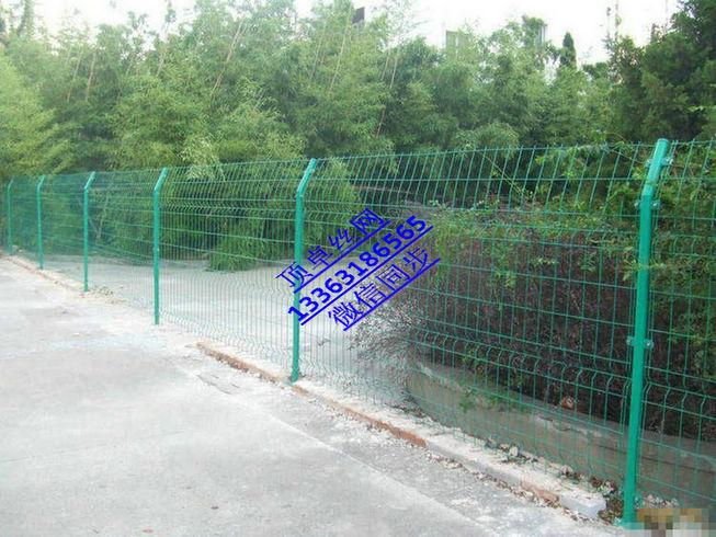 西安护栏网厂家 双边丝护栏网