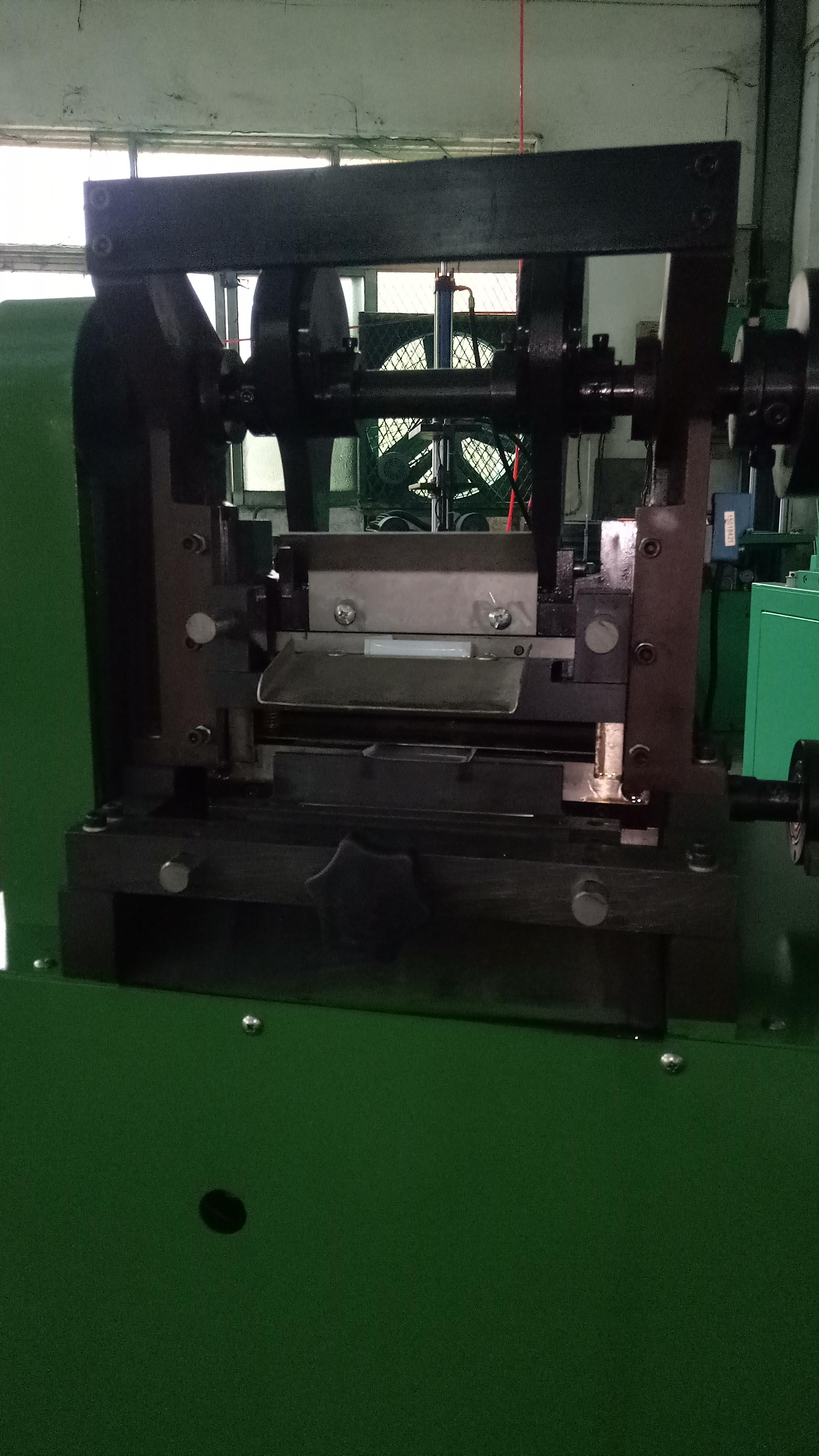 全自动裁纸,裁片机 全自动裁纸,裁片机电机生产用设备