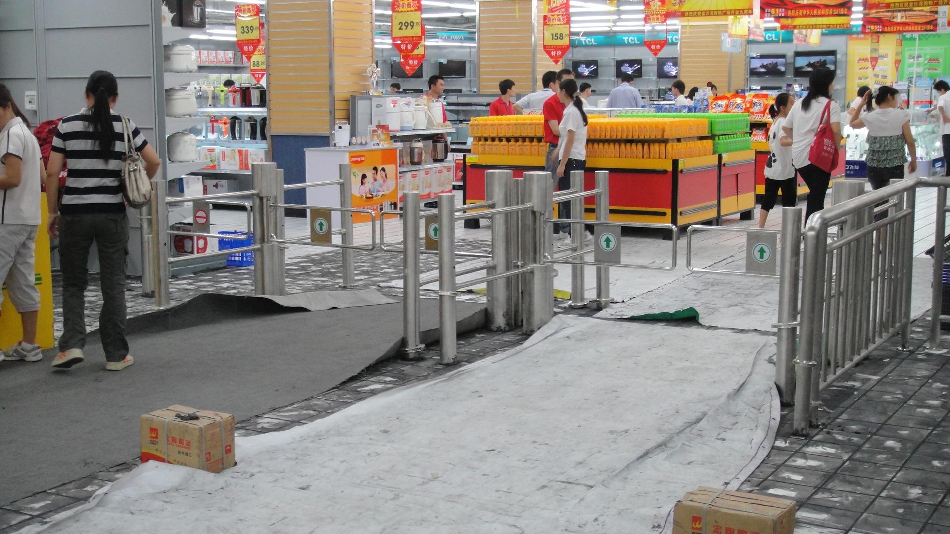 超市自动感应门 红外安全门圆柱报价