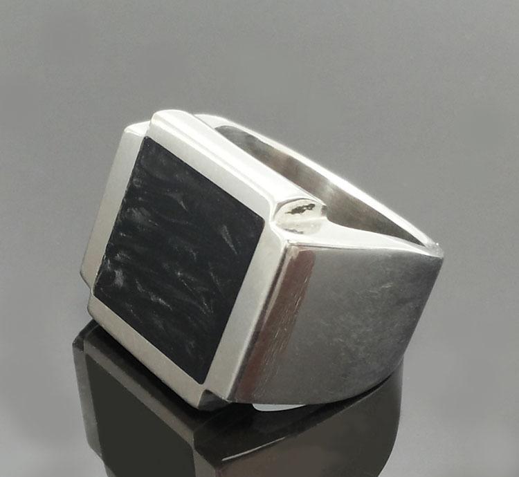 珐琅打磨胶戒指