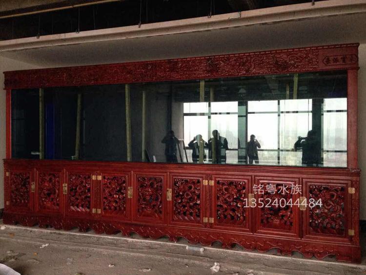 武汉鱼缸工厂批发实木雕花鱼缸 承接定制大型超白玻璃水族箱图片大全
