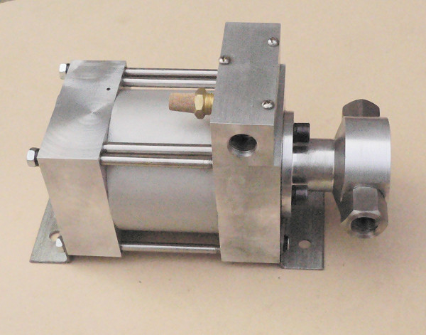 气液增压泵 气液增压泵   气驱液体增压泵 气液增压泵   气驱液体增压器