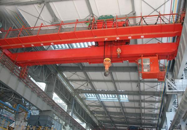 供应QD通用桥式起重机、  电动双梁桥式起重机