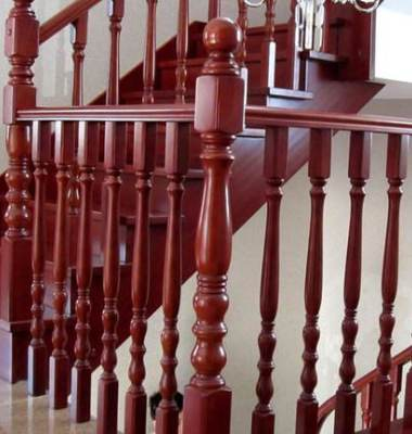 阁楼别墅实木楼梯立柱图片/阁楼别墅实木楼梯立柱样板图 (2)