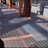 钢格板适用于水沟盖板   平台搭建   水电厂的钢梯踏步   热镀锌处理使用寿命更长