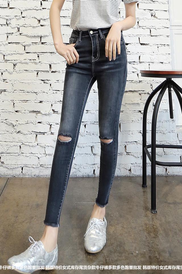广东便宜服装批发便宜的尾货牛仔裤批发工厂直销内蒙古韩版大码女装